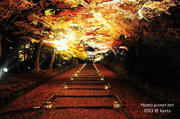 毘沙門堂夜間點燈 (1).jpg